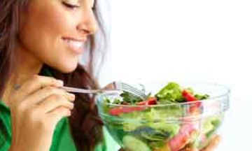 8 Essential Diet Tips This Monsoon