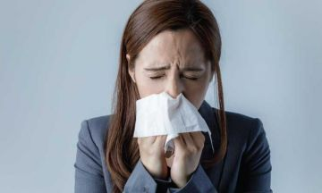 SELF-CARE TIPS TO MANAGE RHINITIS SYMPTOMS
