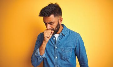 How does your environment affect your bronchitis?